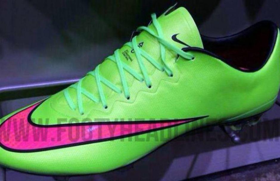 Cristiano presume nuevos zapatos que usará en el clásico español ... eaac4430d21cb