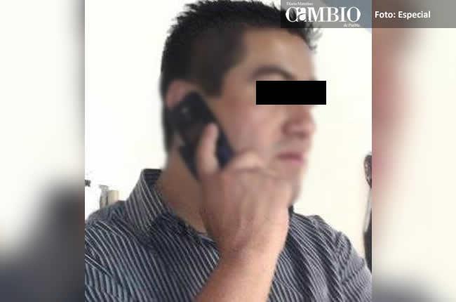 Ex agente vial de Texmelucan robaba autos y ahora asalta a pareja gay