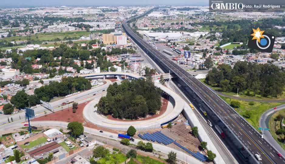 Peña Nieto inaugura Libramiento elevado de Puebla