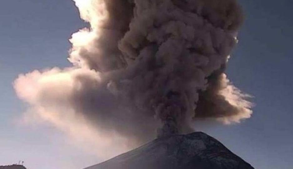 MÉXICO: Protección Civil alertan por caída de ceniza del Popocatépetl