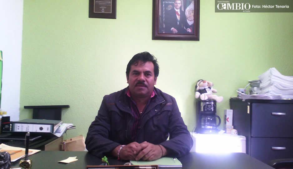 Edil de Tlahuapan acusa retención de recursos federales