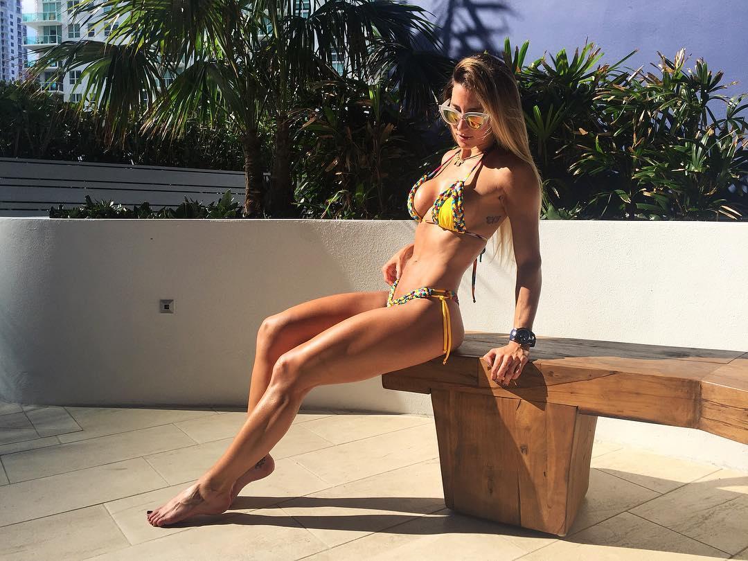 Andrea Escalona Desnuda displaying itemstag: desnuda