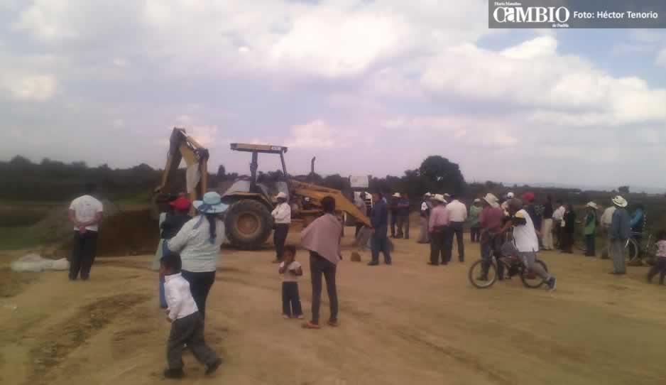 Vecinos de Huejotzingo y Tianguisolco detienen obras del Arco Poniente (VIDEO)