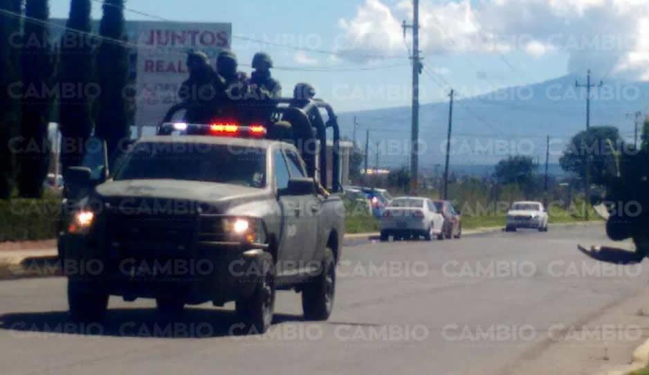 Presuntos huachicoleros retienen a elementos de la PGR y Pemex en Puebla