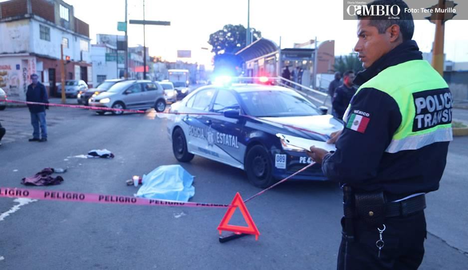 Muere abuelita atropellada por ruta Xoxtla-Mihuacán; hija y nieta, heridas