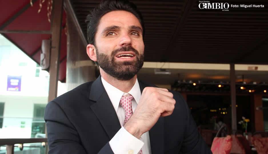 Morena perfila a Barbosa como candidato en Puebla