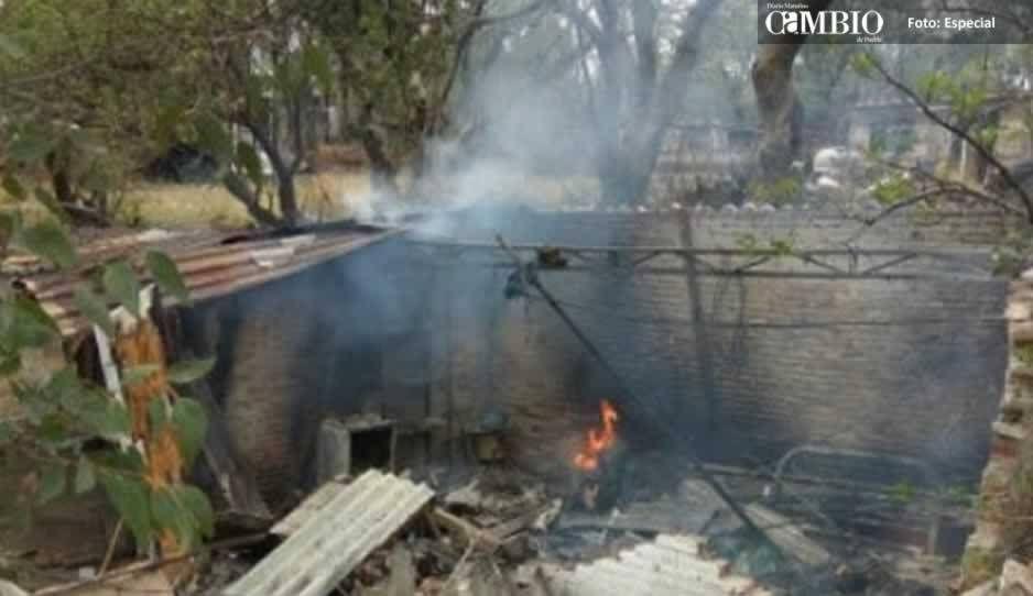 Deja 2 muertos explosión de polvorín en Sierra Norte de Puebla