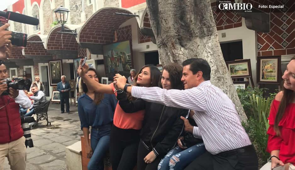 Campesinos impiden a Peña Nieto grabar spot en Puebla