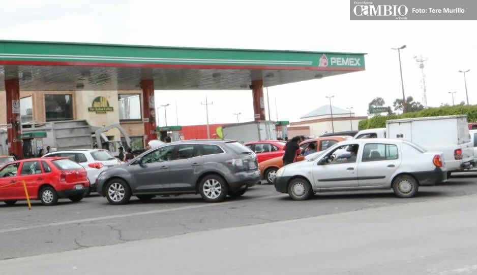 Gasolina cuestan 16.62 y 18.35 pesos este miércoles