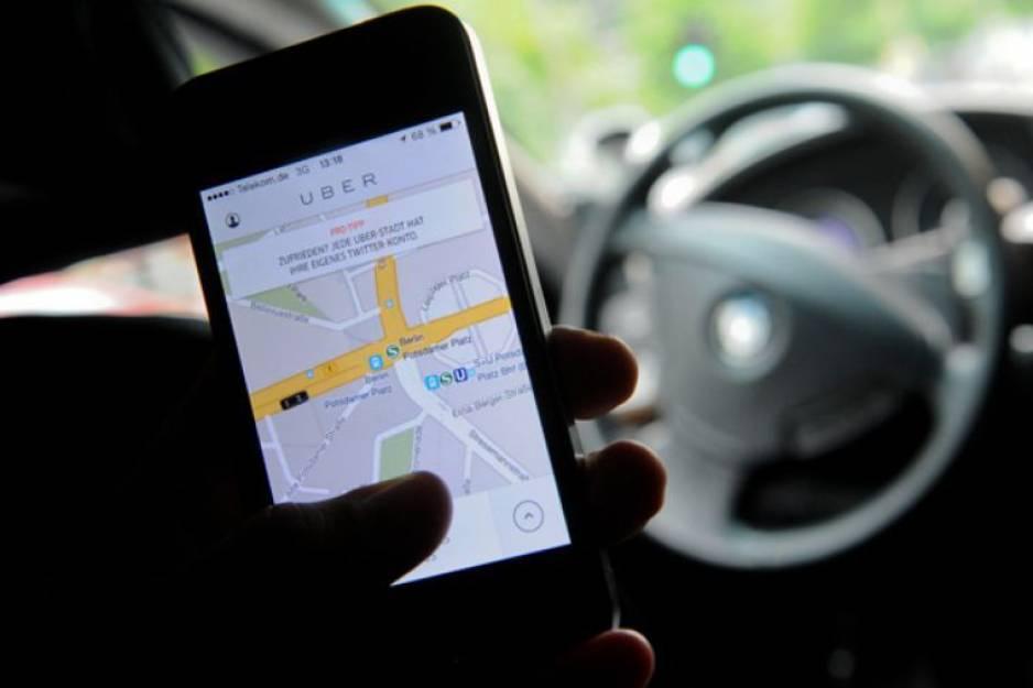 Uber se ampara para mantener el pago en efectivo