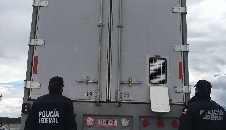 Hallan 310 paquetes de cocaína en tráiler detenido en la Puebla-Córdoba