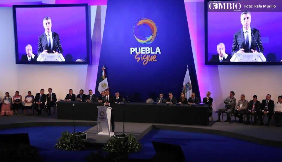Cierran siete gasolineras por vender hidrocarburo robado en Puebla