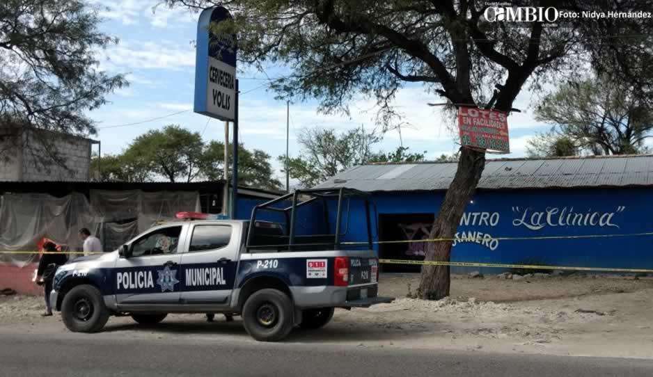 Encuentran muerto a travesti en bar de Tehuacán