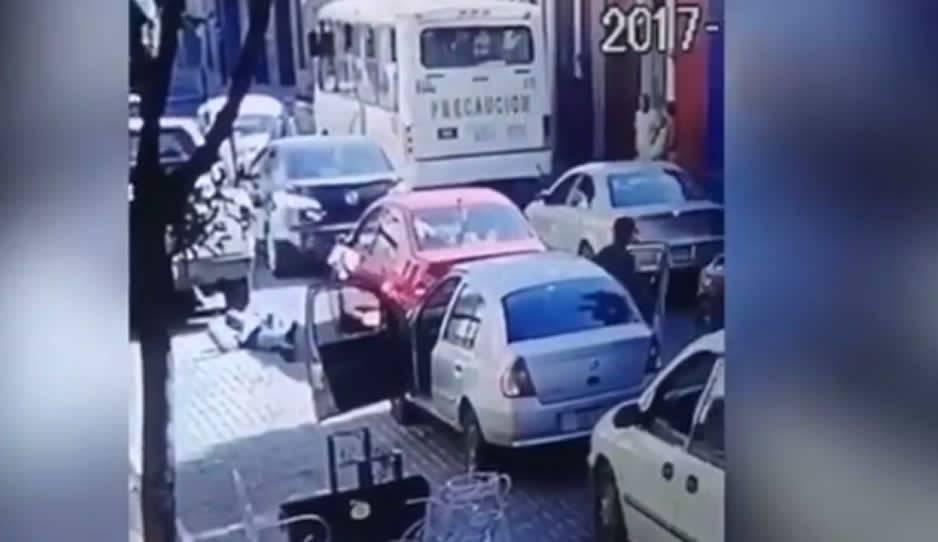En Puebla, conductor reclama a otro por darle 'cerrones' y lo mata