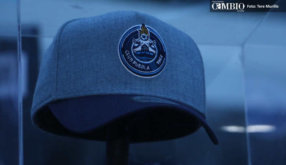 Puebla y New Era presumen las 16 nuevas gorras del club 390199600d3