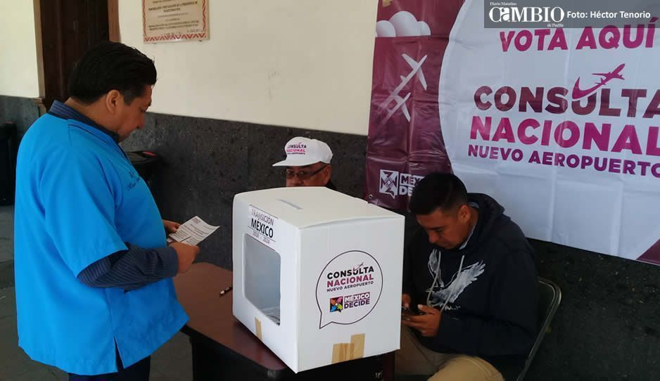 Más de medio centenar de pobladores en Huejotzingo han emitido su voto para cosntruccion del NAICM