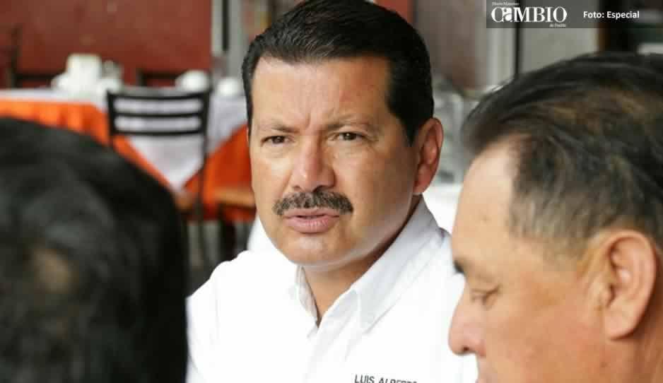 Denuncian a Luis Alberto Arriaga por actos anticipados de campaña
