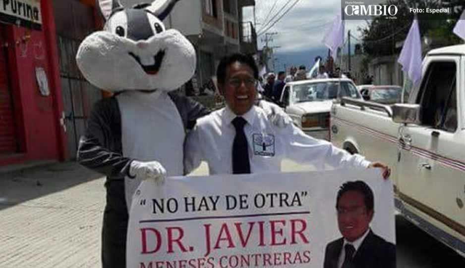 Le entregan constancia de mayoría al candidato independiente de Domingo Arenas