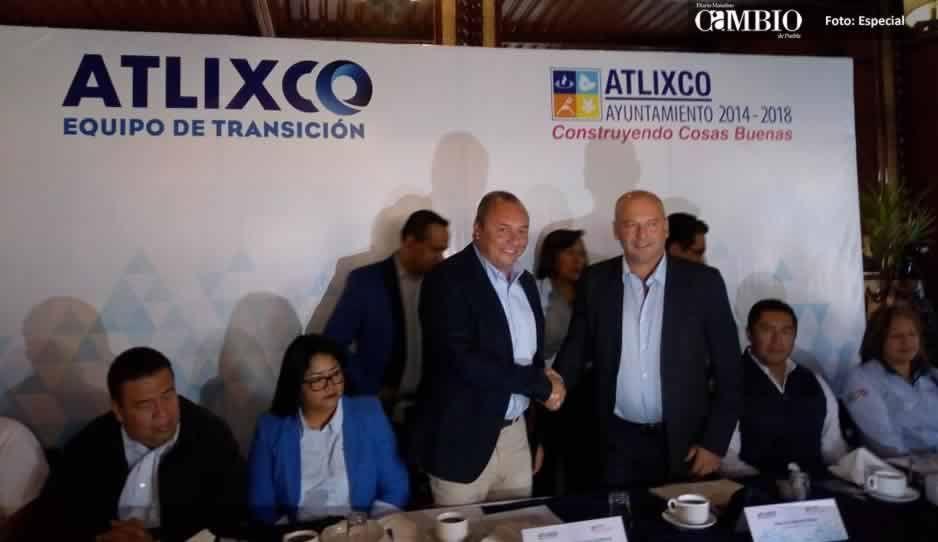Presentan el equipo de transición en Atlixco