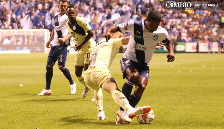 Al medio tiempo las Águilas se imponen ante el Puebla 2-1
