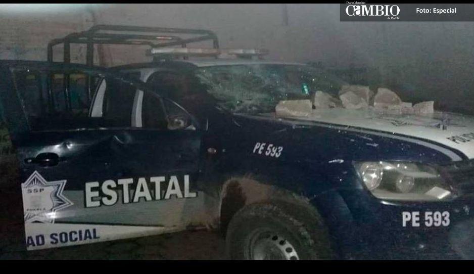 Apedrean a policías y militares en Tepeaca