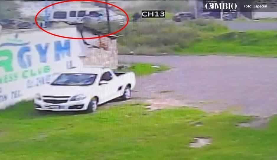 VIDEO: Siete sujetos armados atracan a comerciante en Texmelucan
