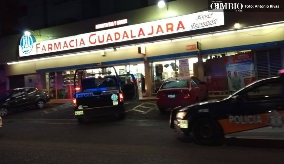 Caen tres ratas tras asalto armado en Farmacias Guadalajara de Zavaleta