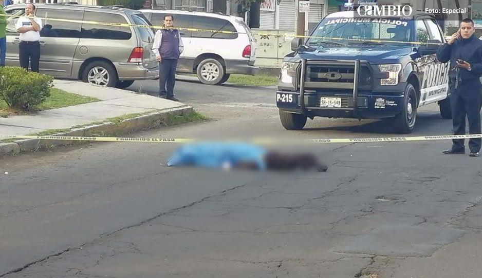 Atropella a abuelito en la Rosendo Márquez y se da a la fuga