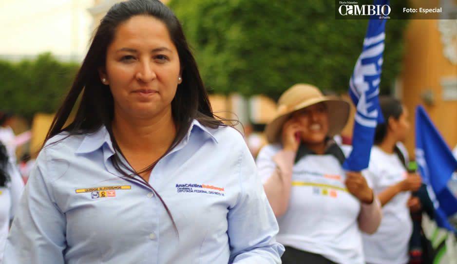Ana Cristina Ruíz recibe respaldo en Tlaxcalancingo,  ofrece apoyar la economía local