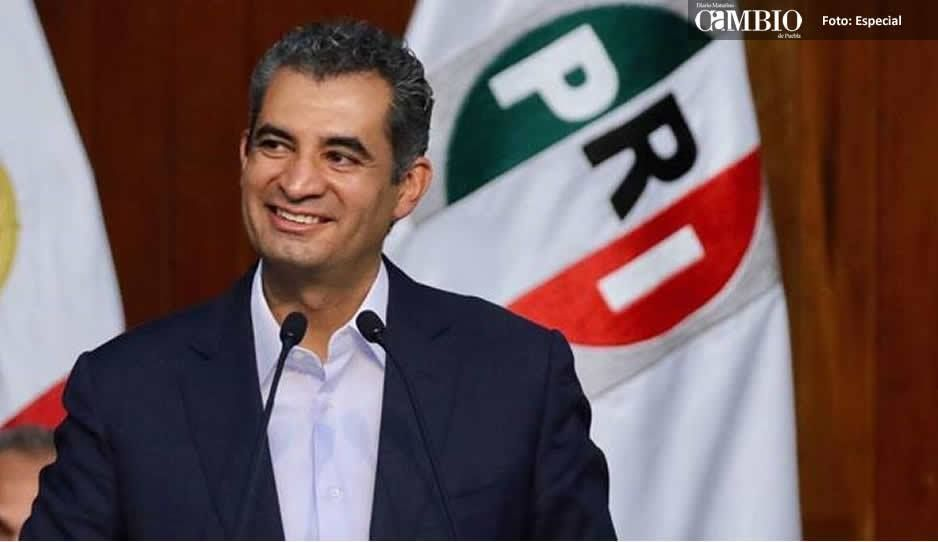 'Son prietos, pero ya no aprietan': Ochoa Reza a expriístas