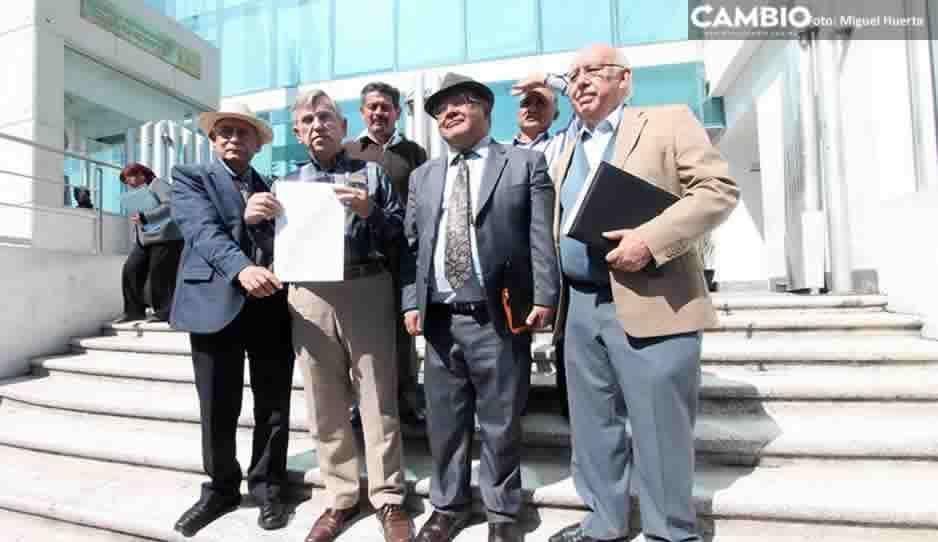 Ciudadanos presentan denuncia por la indebida cremación de Martha Erika Alonso y Rafael Moreno Valle (FOTOS Y VIDEO)
