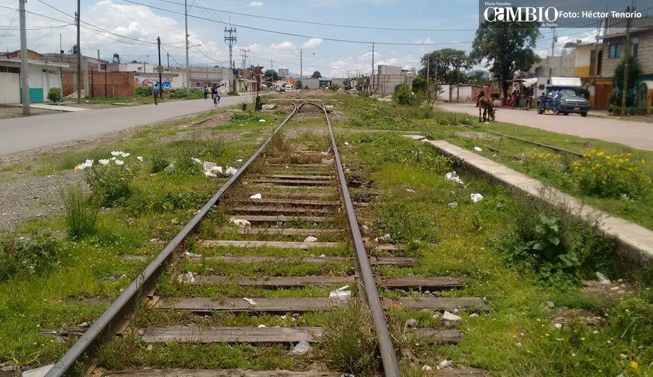 Ferrosur, sin reparar 87 casas en Moyotzingo:  afectados amenazan con bloquear vías férreas
