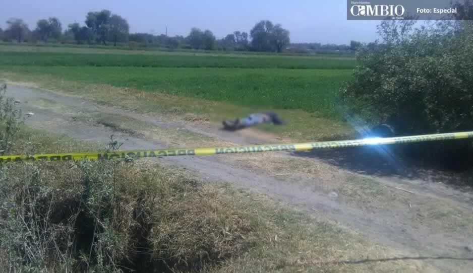 Localizan cadáver en terrenos de cultivo en Huejotzingo