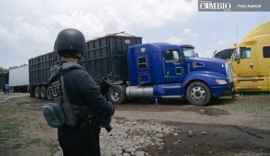 Recupera FGE 60 vehículos y toneladas de mercancía robada en Amozoc (FOTOS Y VIDEO)