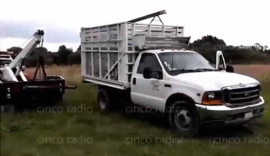 Desmantelan lote baldío en Cuautlancingo con camionetas robadas utilizadas para trasladar huachicol