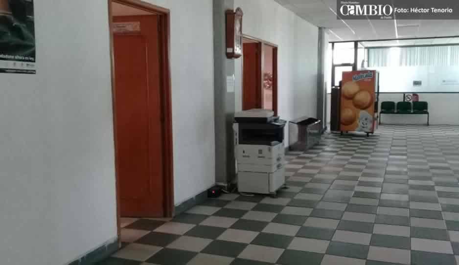 Edil de San Martín promete no darse a la fuga, pero ayuntamiento parece pueblo fantasma