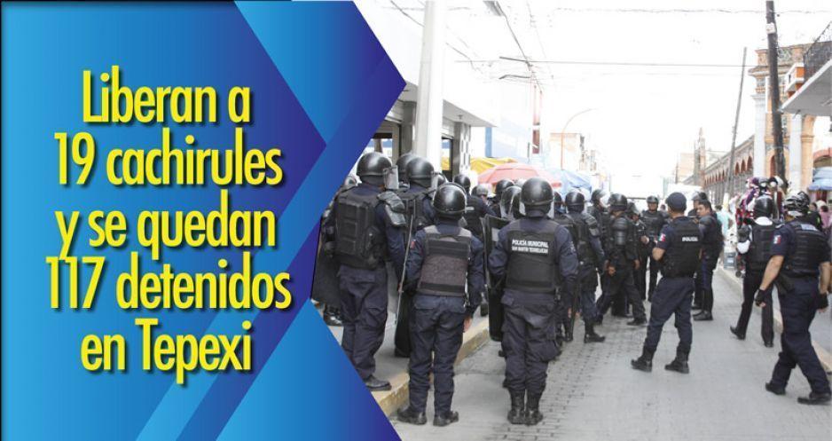 Liberan a 19 cachirules y se quedan 117 detenidos en Tepexi