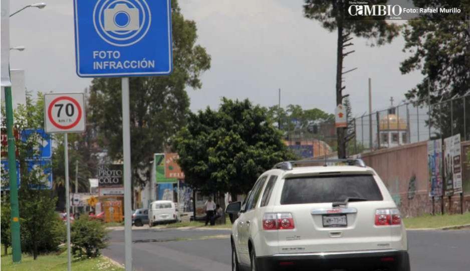 Ante el incremento de accidentes viales, Puebla Vigila y 16 colectivos más piden implementar fotomultas en la capital