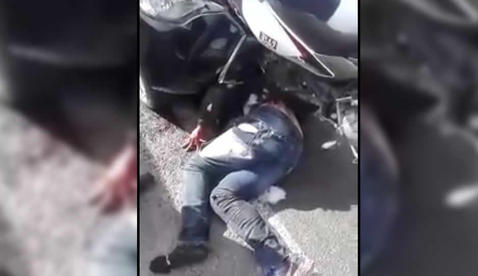 VIDEO: Luego de atracar a un automovilista; ladrón es atropellado y suplica por su vida