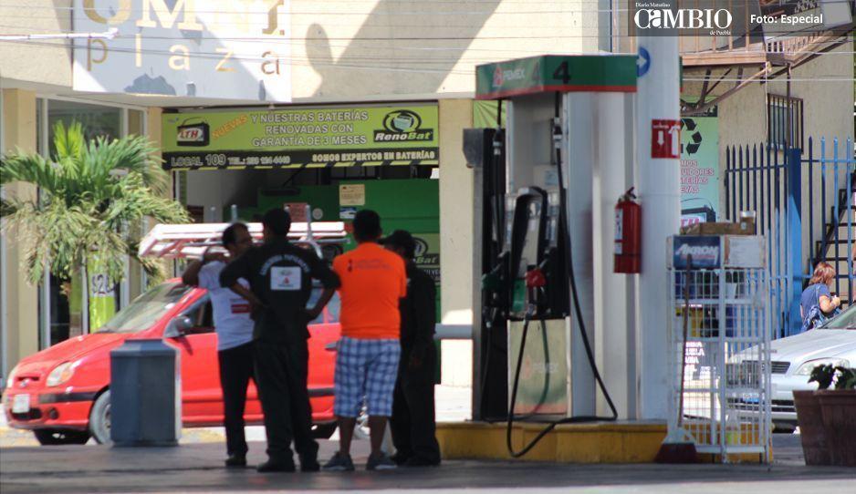 Asaltan con armas largas gasolinera  en Tehuacán, detienen 6 sospechosos