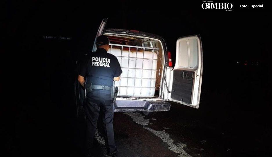 Policía Federal asegura otra unidad con huachicol en el libramiento aeropuerto