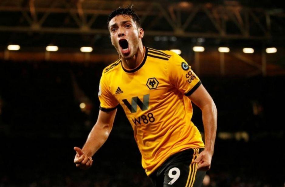 Wolves ejercerían opción de compra por Raúl Jiménez por 38 millones de euros