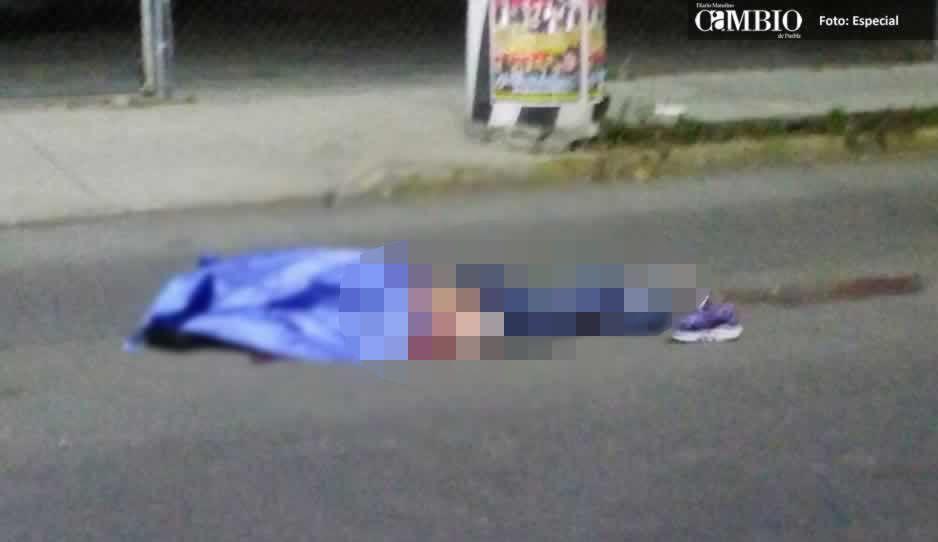 Muere por rata: Lo arrolla un tráiler cuando intentaba asaltar a camionero en Texmelucan
