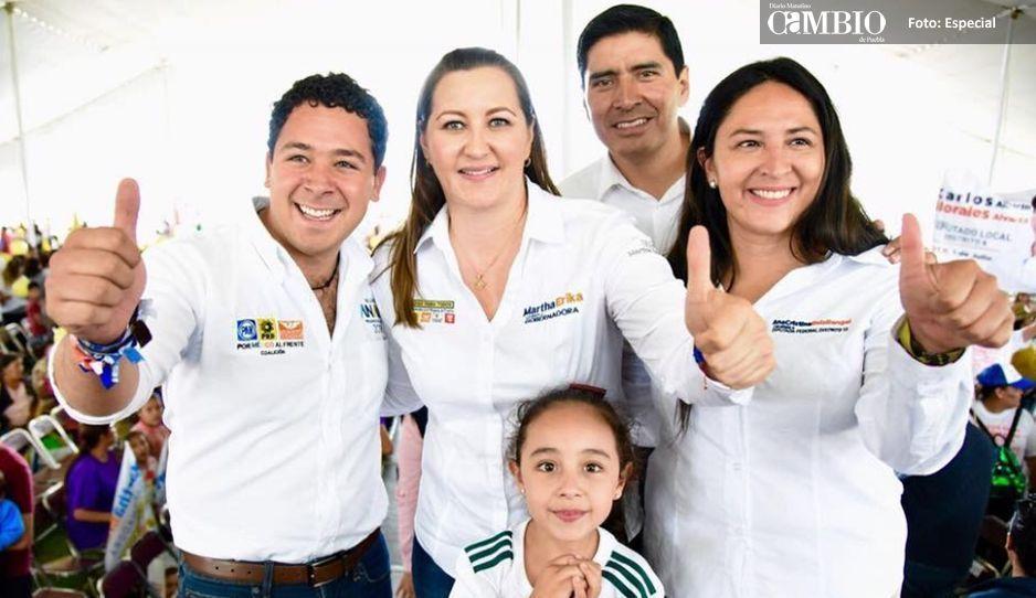 Ana Cristina Ruiz recibe a Martha Erika en Juan C Bonilla con miles de simpatizantes