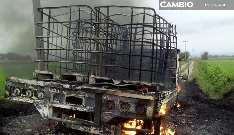 Huachicoleros de Puebla y Tlaxcala se enfrentan en Atotonilco y Texmelucan