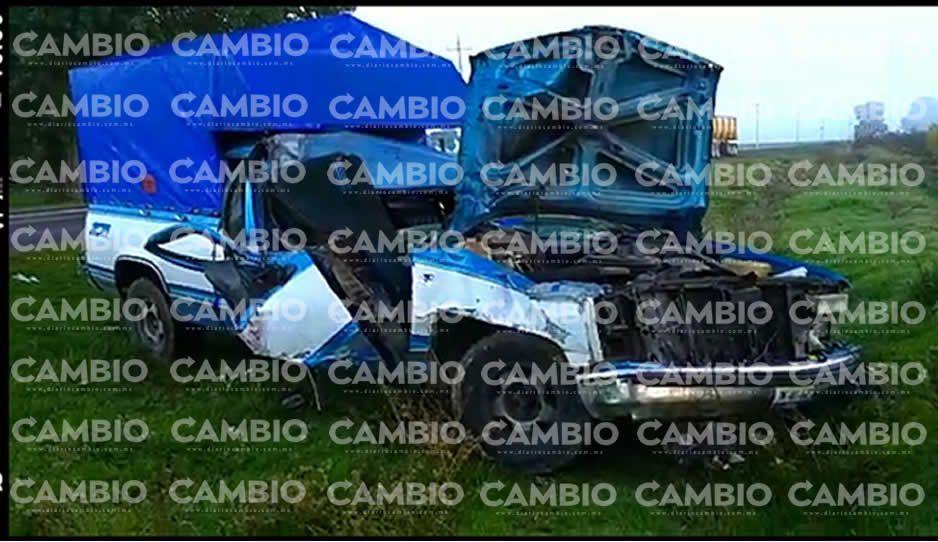 Dos aparatosos accidentes en la Vía Xalapa dejan 4 heridos