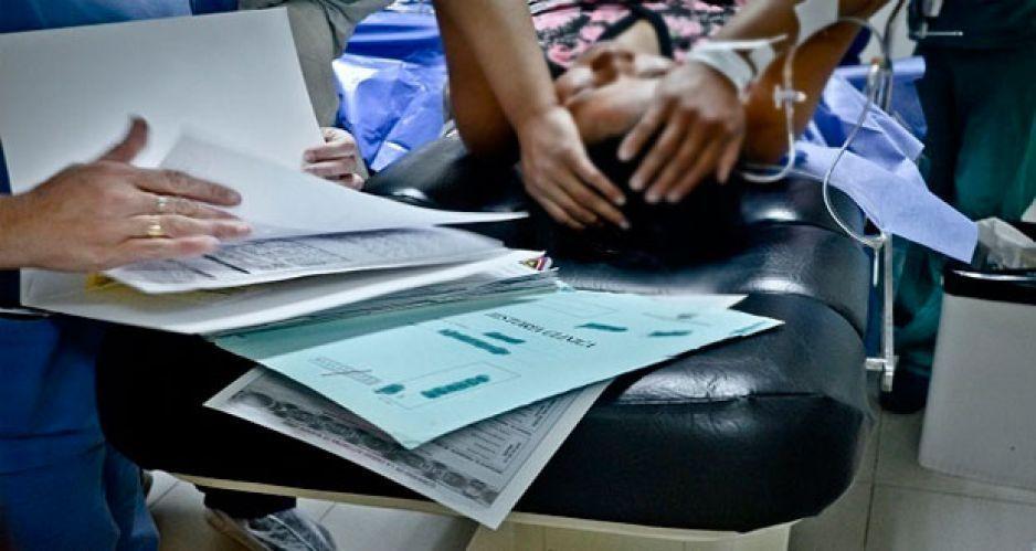 Gobierno debe reparar daño a náhuatl por negligencia en Hospital de Cuetzalan: CNDH