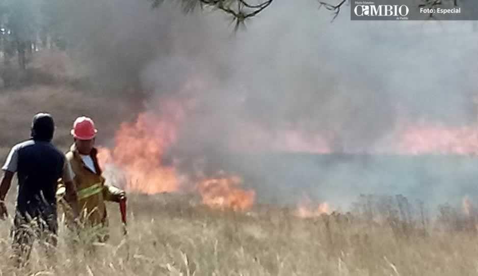 Se registran dos incendios en el cerro Zapotecas
