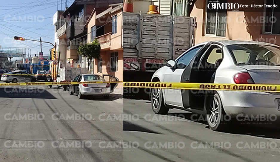 Encuentran cadáver en cajuela de vehículo en Texmelucan