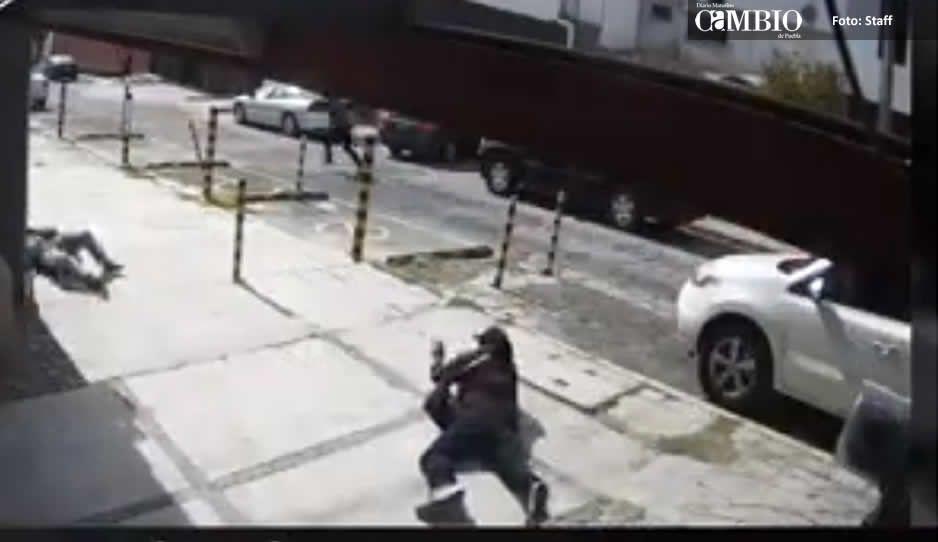 Cámaras de seguridad captaron a criminal que provocó balacera en La Paz